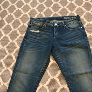 BLANK SIZE 26 SLIGHTLY CROPPED DENIM JEANS